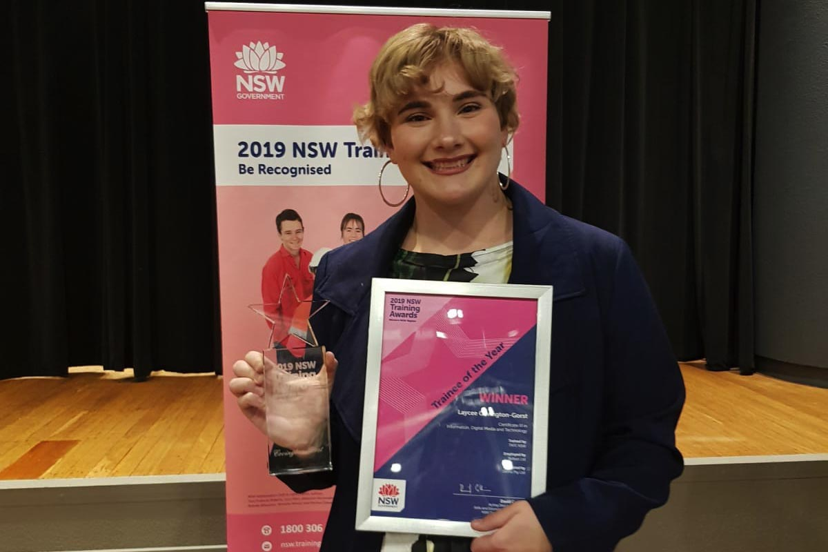 Skillset Trainee Takes out Top Award and Empowers Young Women to Work in Tech