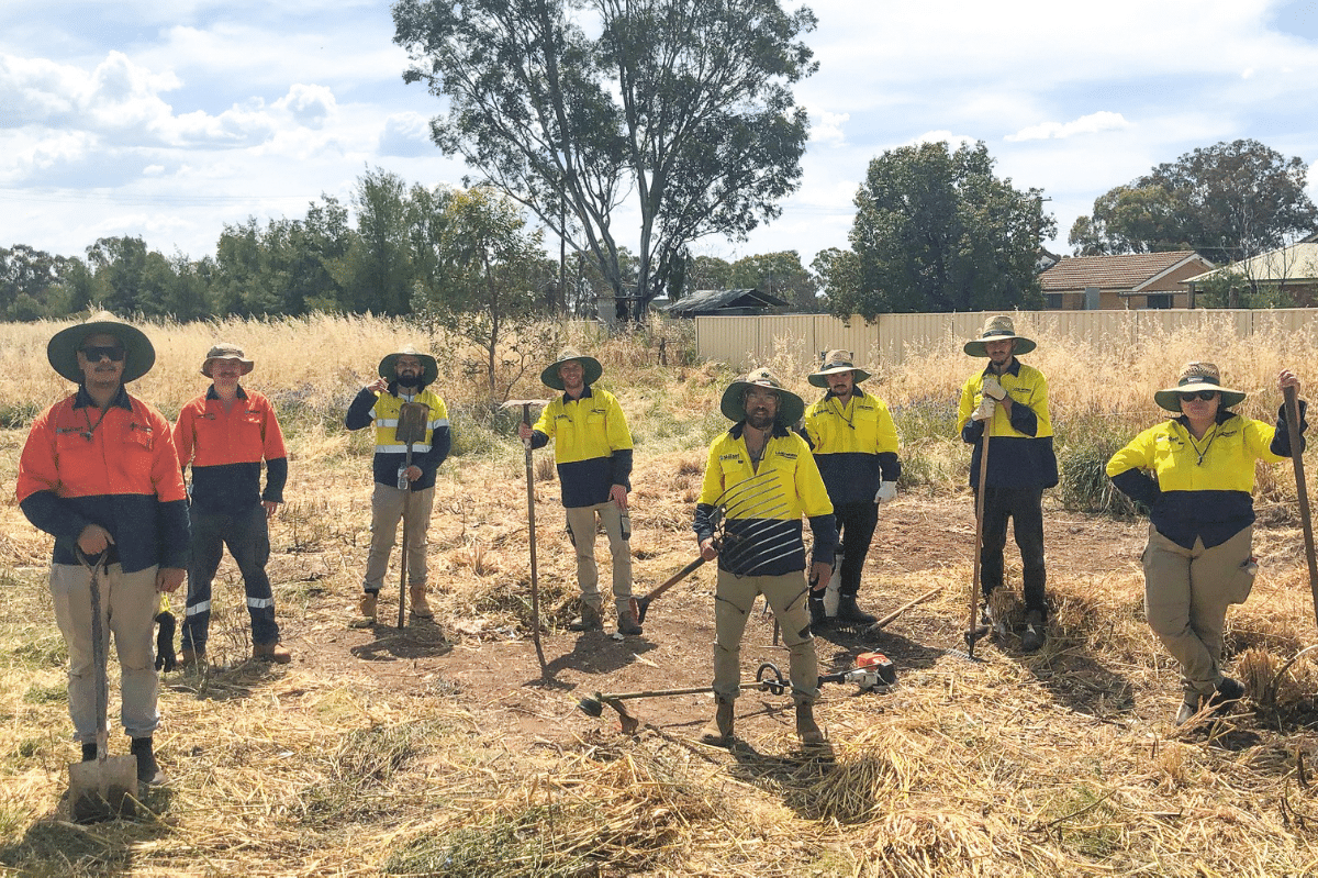 Training Program Created an Aboriginal Land Works Crew in Cowra